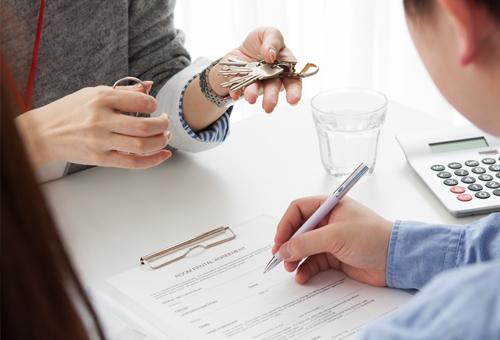 不動産の売却、購入をお考えのお客様も同様に対応してまいります。